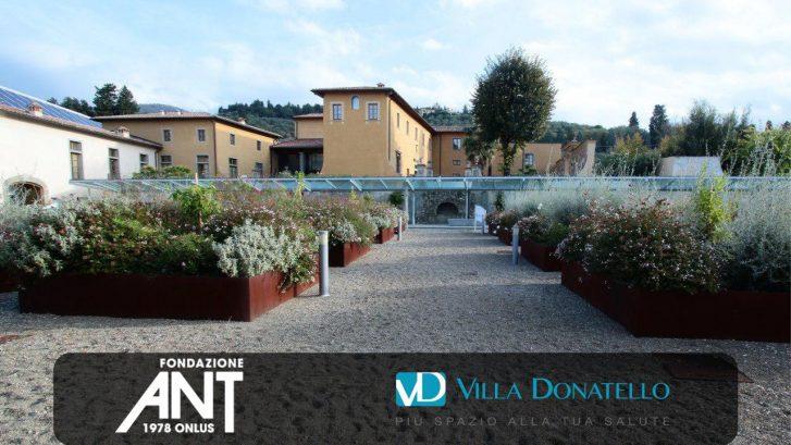 una prospettiva del giardino prospiciente la Casa di Cura Villa Donatello