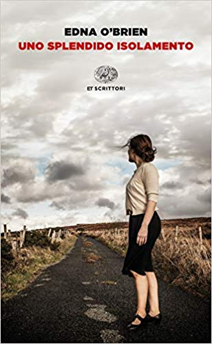 """Copertina del libro """"Uno splendido isolamento"""""""